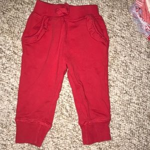 Hanna Andersson ruffle sweatpants. Size 80